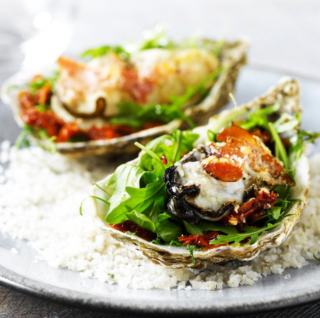 Cuisiner les hu tres hu tres gratin es au parmesan roquette et tomates s ch es france naissain - Cuisiner les tomates sechees ...